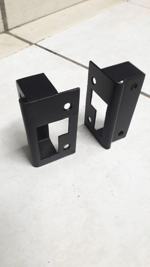 gache de porte acier fabrications métalliques