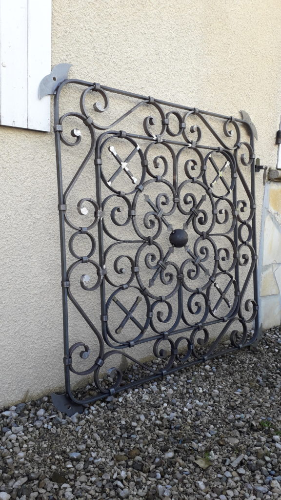 métallerie serrurerie grille de protection acier ferronnerie