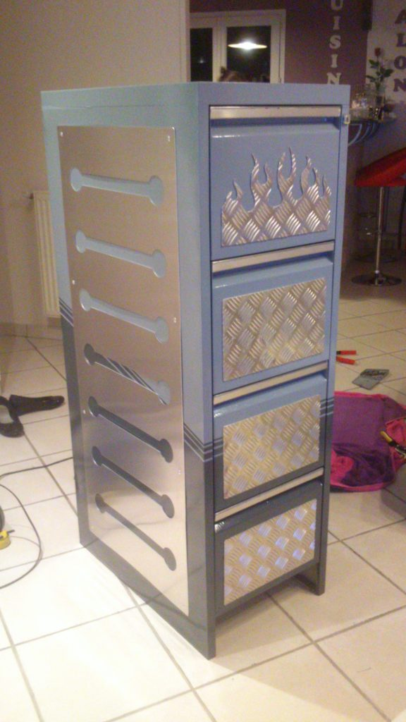 restylisation meuble casier