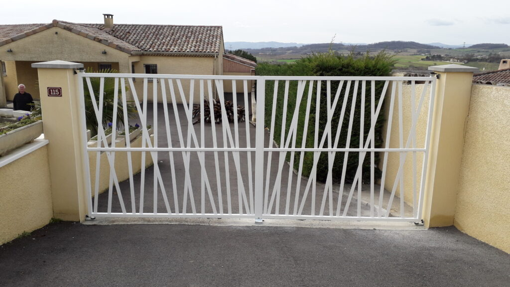 portail acier et peinture epoxy