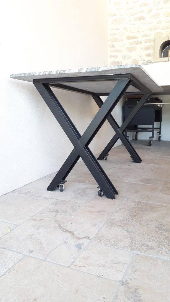pietage de table acier et peinture epoxy