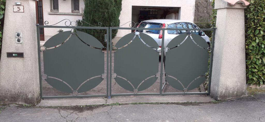 portail acier et epoxy